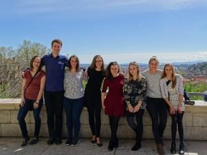 Die M1-Studierenden auf der Esplanade