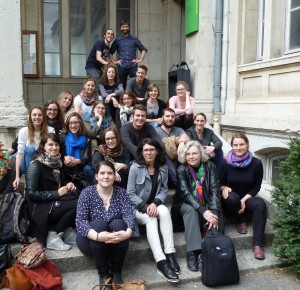 Alle TeilnehmerInnen im Innenhof von Lyon 2
